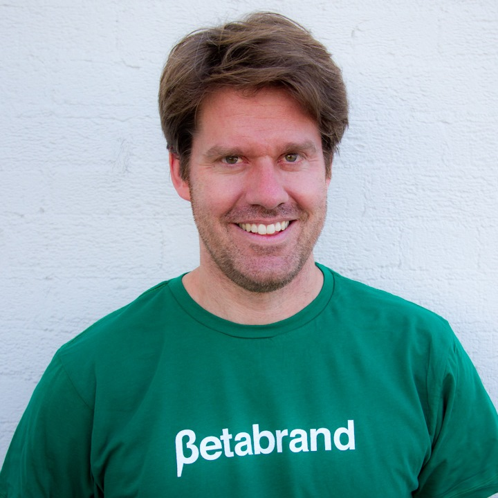 Why Is Betabrand CEO Chris Lindland The Perfect Closing Speaker For Realtime Marketing Lab?